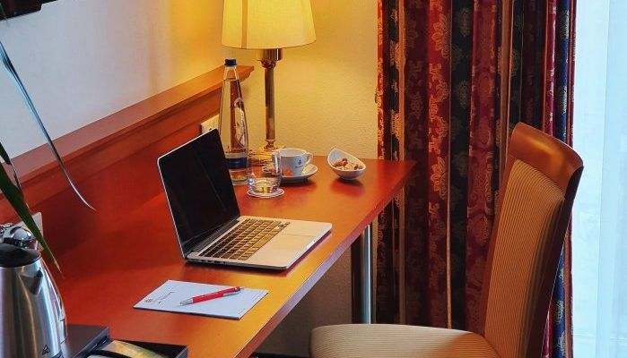 home office im landhotel hallnberg hotel